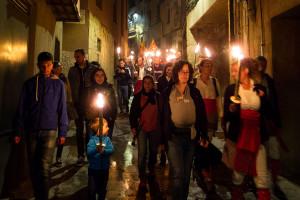 """La Marxa de Torxes de Berga denuncia """"un retrocés en drets i llibertats"""" i se'n recorda dels 'menes' i els refugiats"""