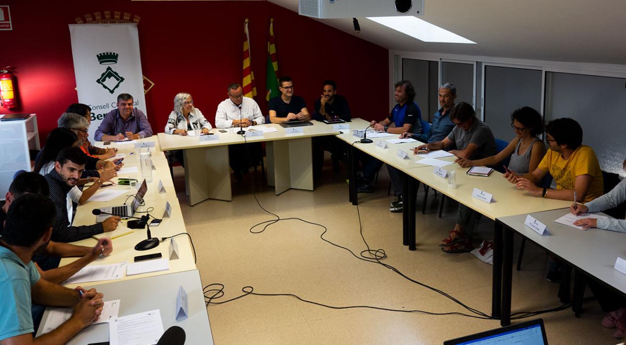 El Consell Comarcal busca finançament per ampliar la partida d'ajuts socials i per evitar casos de sensellarisme
