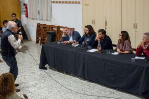 Veïns d'arreu de la comarca demanen la dimissió de l'alcalde de Cercs a l'assemblea sobre la incineradora