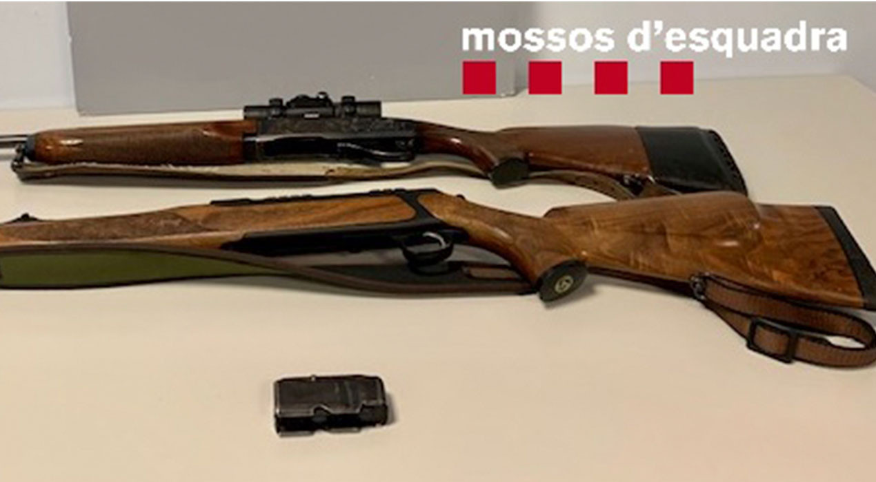 Denuncien dos homes a Berga per conduir sota els efectes de l'alcohol i amb dos rifles de caça major al cotxe