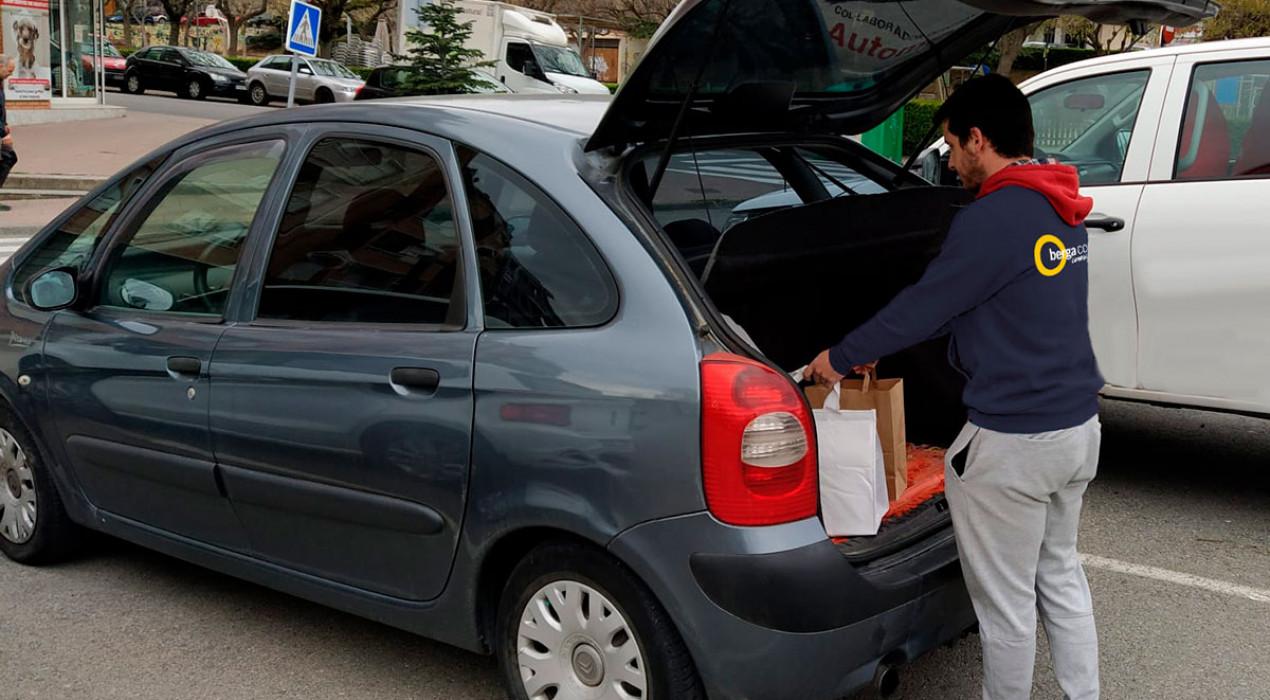 Berga Comercial contracta un repartidor de comandes a domicili i l'ofereix a tots els comerços associats