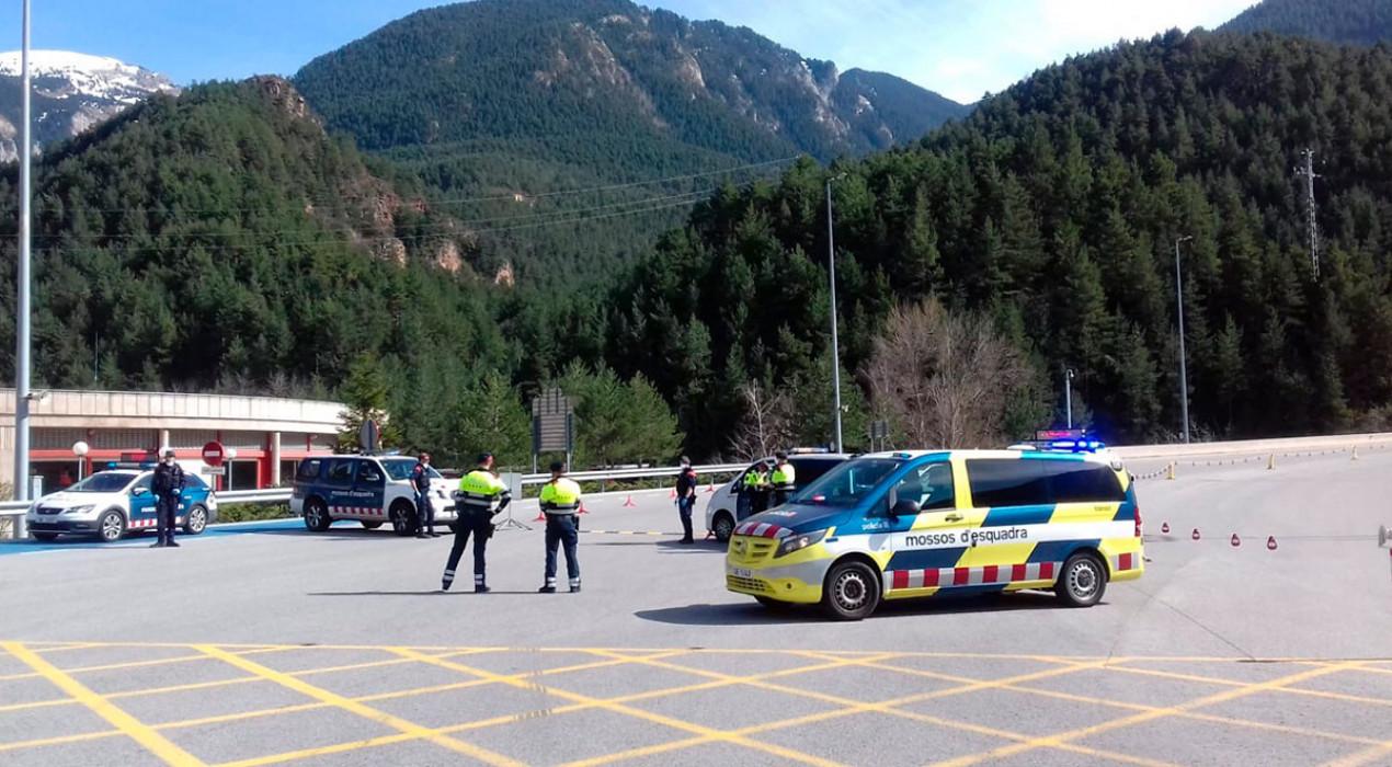 Controls al Túnel del Cadí amb possibles multes de 30.000 euros per a conductors que vagin cap a segones residències