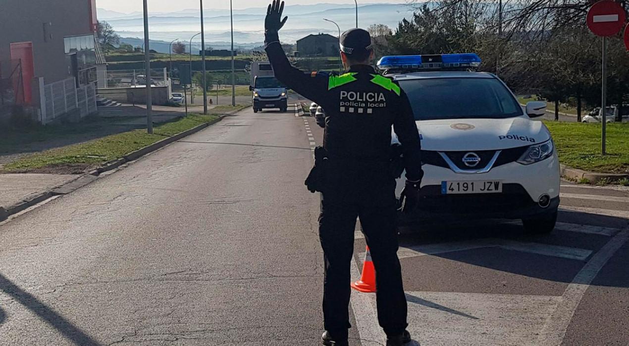 La Policia Local de Berga fa controls a la ciutat i al polígon per controlar que es complexin les restriccions de mobilitat