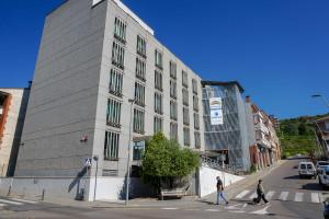 L'Ajuntament estudia derivar a l'hotel d'entitats bona part de les PCRs que ara provoquen cues a l'ambulatori