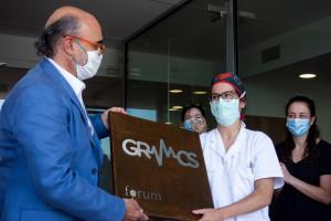 El Fòrum Econòmic entrega més de 300 polseres a l'hospital de Berga per al personal que ha lluitat contra la pandèmia