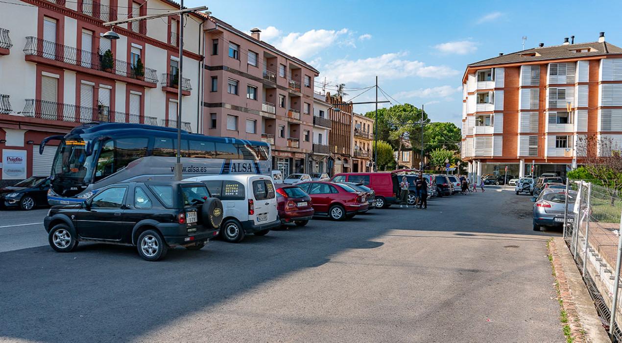 Gironella blinda el seu carrer principal: l'Ajuntament prohibeix fer edificis que tallin el pas per l'avinguda Catalunya