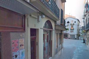 Detenen dos homes per atracar un banc de Manresa i l'estanc de la plaça Sant Joan de Berga
