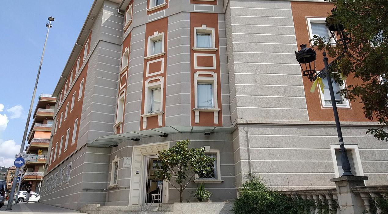 La residència Sant Bernabé tornarà a ser verda aquesta setmana i podrà reprendre les visites de familiars