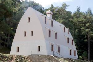 L'Ajuntament de La Pobla de Lillet estudia convertir el Xalet del Catllaràs en un refugi turístic