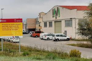 Gironella renova l'enllumenat dels polígons i en licita les obres de sanejament