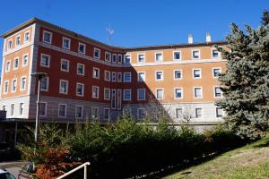 L'Ajuntament de Berga traspassa 97.000 euros a la Residència Sant Bernabé per cobrir el dèficit anual que genera el servei