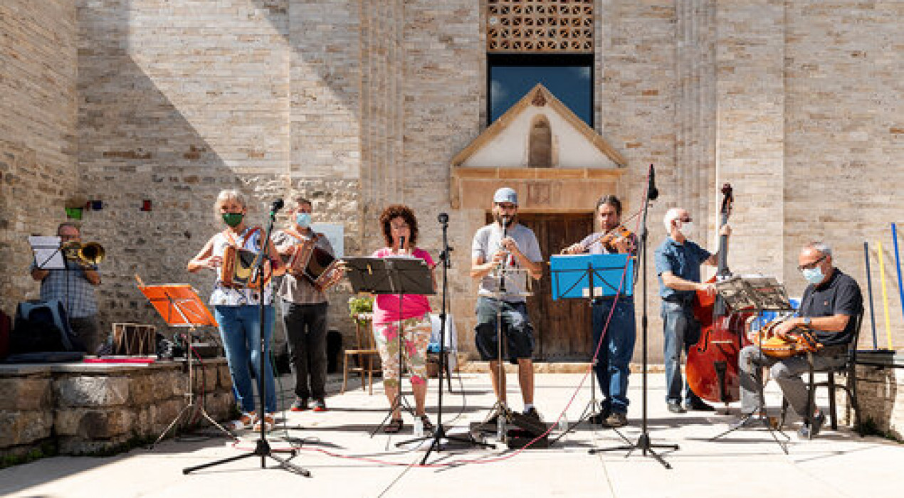 Vermut musical: Berguedana de folklore total