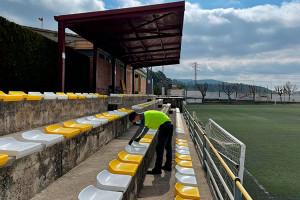 Rentat de cara al camp de futbol i al pavelló de Gironella