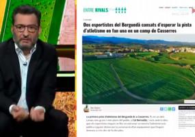 La flamant pista d'atletisme de Casserres, a l'Està Passant de TV3