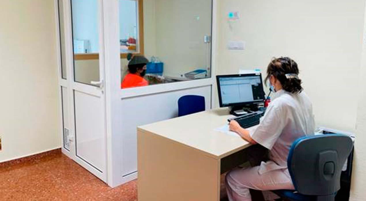 L'hospital de Berga estrena un cambra per fer espirometries reduint el risc de contagi de Covid-19