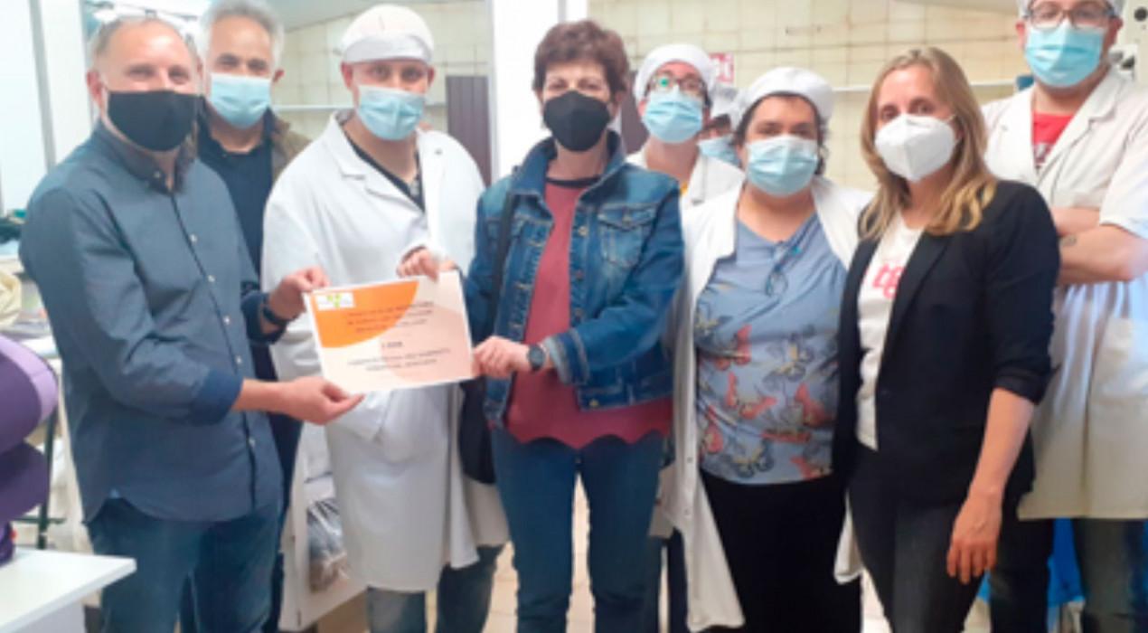 L'Associació del Polígon de la Valldan dona 1.000 euros a la Fundació Pro Disminuïts Psíquics del Berguedà