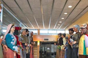 Gegants i gegantons d'arreu de Catalunya s'exhibeixen fins diumenge al pavelló de Suècia de Berga